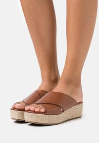 Anna Field - LEATHER - Heeled mules - cognac - 0