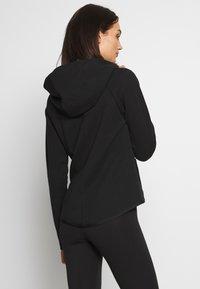 Nike Sportswear - HOODIE - Vetoketjullinen college - black/white - 2
