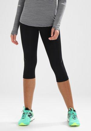 ACCELERATE CAPRI - 3/4 sports trousers - black