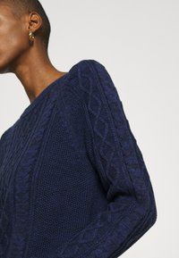 GAP - CABLE CREW - Jumper - navy marl - 5