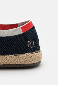 Pepe Jeans - TOURIST SAILOR - Volnočasové šněrovací boty - navy - 5