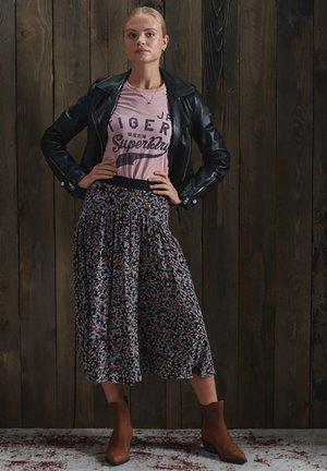 REWORKED CLASSIC  - T-shirt imprimé - sandy pink snowy