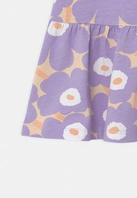 Marimekko - KULTARINTA MINI - Jersey dress - light yellowish/lavender - 2