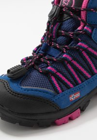 TrollKids - KIDS LOFOTEN MID - Hiking shoes - blue/magenta - 2