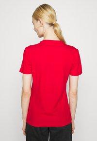 adidas Originals - TREFOIL TEE - Triko spotiskem - scarlet - 2