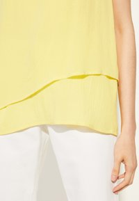 comma casual identity - Blouse - yellow - 3