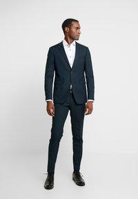 Esprit Collection - SUIT - Kostym - dark green - 0