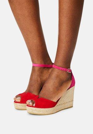 SIRA - Platform sandals - rojo/kenzo