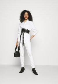 Marks & Spencer London - GIRLFRIEND  - Košile - white - 1