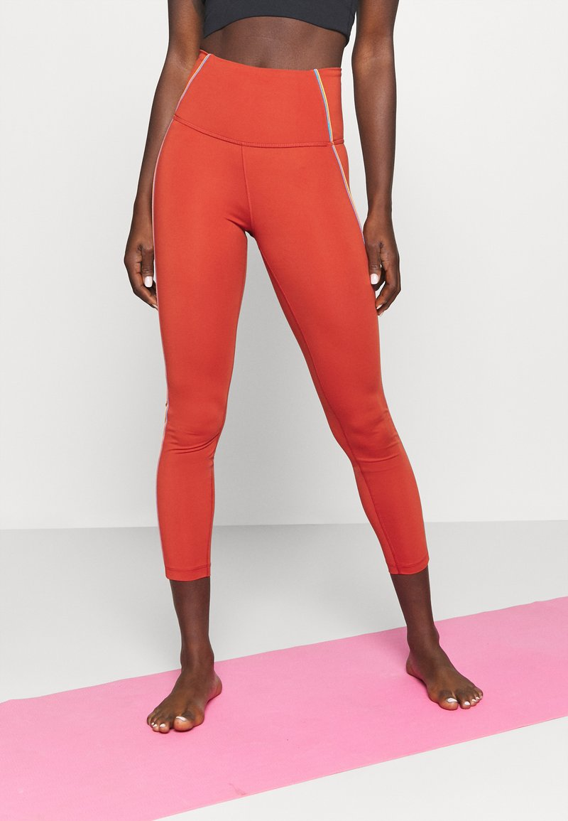 Nike Performance - YOGA CORE 7/8 VINT VINYASA - Tights - firewood orange/claystone red