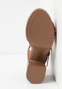 mtng - TAY - Sandály na vysokém podpatku - orange/brown - 6