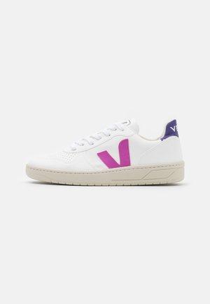 VEGAN V-10 - Trainers - white/ultraviolet/purple