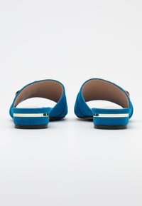 Menbur - Mules - blau - 3