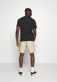 G-Star - FRONT POCKET SPORT SHORT - Shorts - khaki - 2