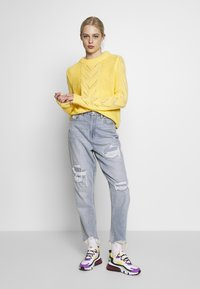 Pieces - Jumper - lemon drop - 1