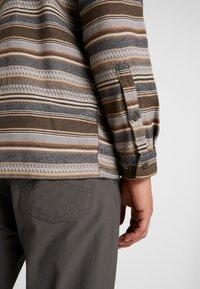 Patagonia - FJORD - Shirt - bristle brown - 4