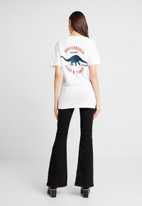 Merchcode - LADIES JURASSIC TEE - T-shirt con stampa - white - 2