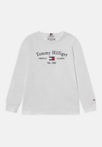 ARTWORK TEE UNISEX - Long sleeved top - white