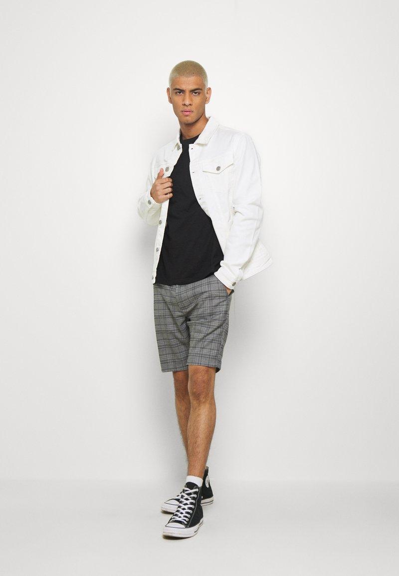 Burton Menswear London - 3 PACK - T-shirt - bas - black