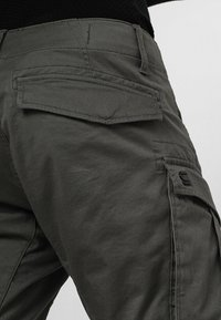 G-Star - ROVIC ZIP 3D STRAIGHT TAPERED - Cargobukser - grey - 6
