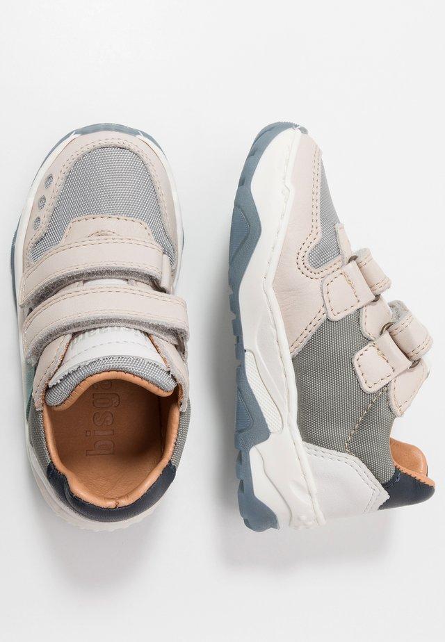 LAUGE SHOE - Sneaker low - powder