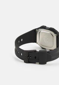 Casio - UNISEX - Digital watch - black - 1