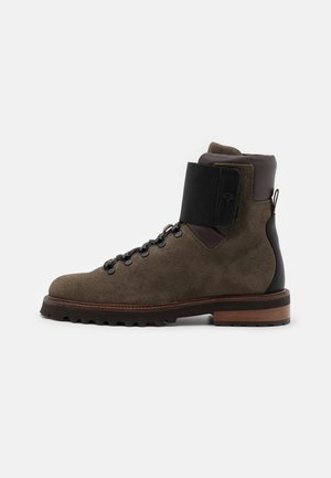 MARIO BOOT - Lace-up ankle boots - mud