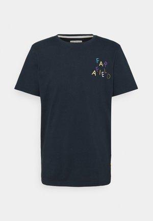 WONKY LOGO - T-shirt print - carbon