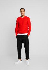 TOM TAILOR - FISHERMAN CREW NECK  - Stickad tröja - orange red - 1