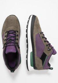 Timberland - FIELD TREKKER - Sneakersy wysokie - canteen - 1