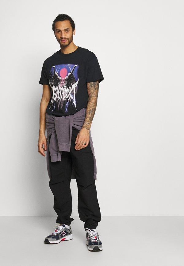 Night Addict STATUE - T-shirt z nadrukiem - black/czarny Odzież Męska IRAK