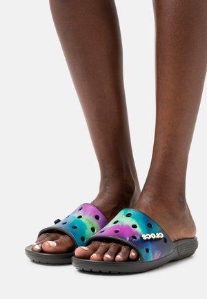 CLASSIC SLIDE - Sandały kąpielowe - multicolor/black