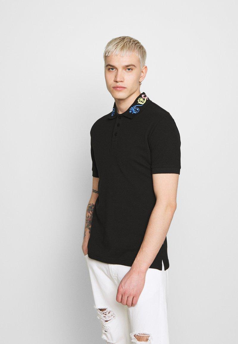 Versace Jeans Couture - BAROQUE COLLAR MULTI - Poloshirt - black