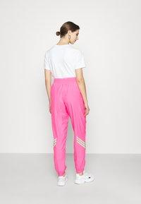adidas Originals - SWAROVSKI TRACK PANT - Träningsbyxor - solar pink - 2
