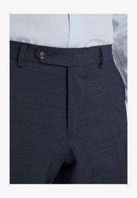 Van Gils - SPLIT BUCK NOOS - Suit trousers - blue - 4