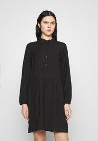 Vero Moda - VMFAY TUNIC DRESS - Košilové šaty - black - 0