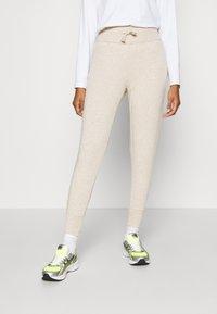 Even&Odd - High Waist Lightweight Slim Jogger - Tracksuit bottoms - beige - 0