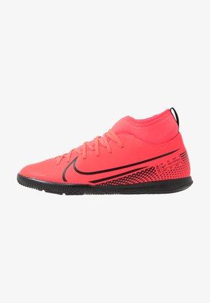 MERCURIAL 7 CLUB IC - Indoor football boots - laser crimson/black
