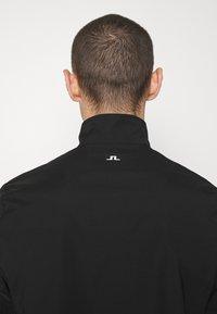 J.LINDEBERG - HOLGER LIGHTWEIGHTZIP - Classic coat - black - 6