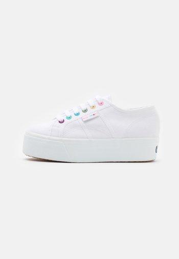 2790 - Sneakersy niskie - white/rainbow multicolor