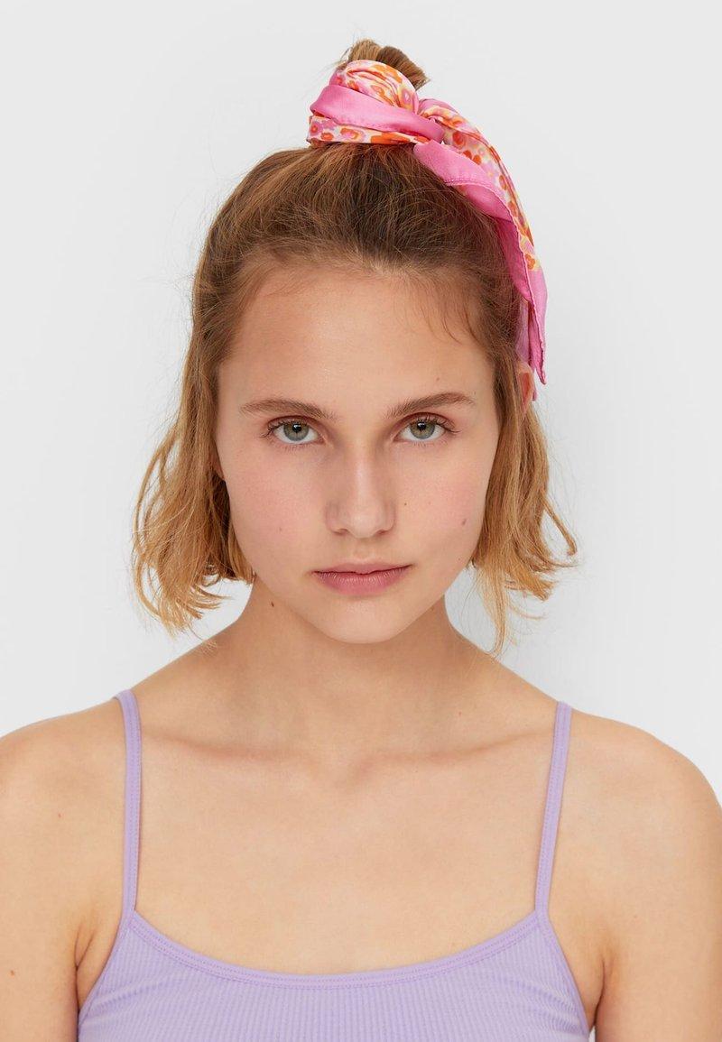 Stradivarius - Hair styling accessory - pink