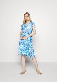 InWear - FLORIZZAI SHORT DRESS - Denní šaty - light blue - 0
