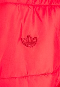 adidas Originals - PAD STAND PUFF - Winter jacket - scarlet - 6