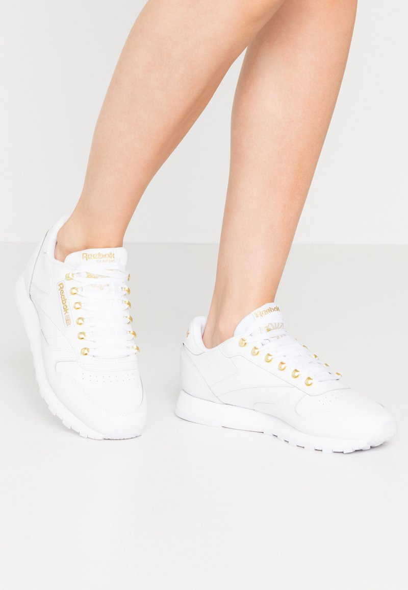 Reebok Classic - CLASSIC  - Trainers - white/gold
