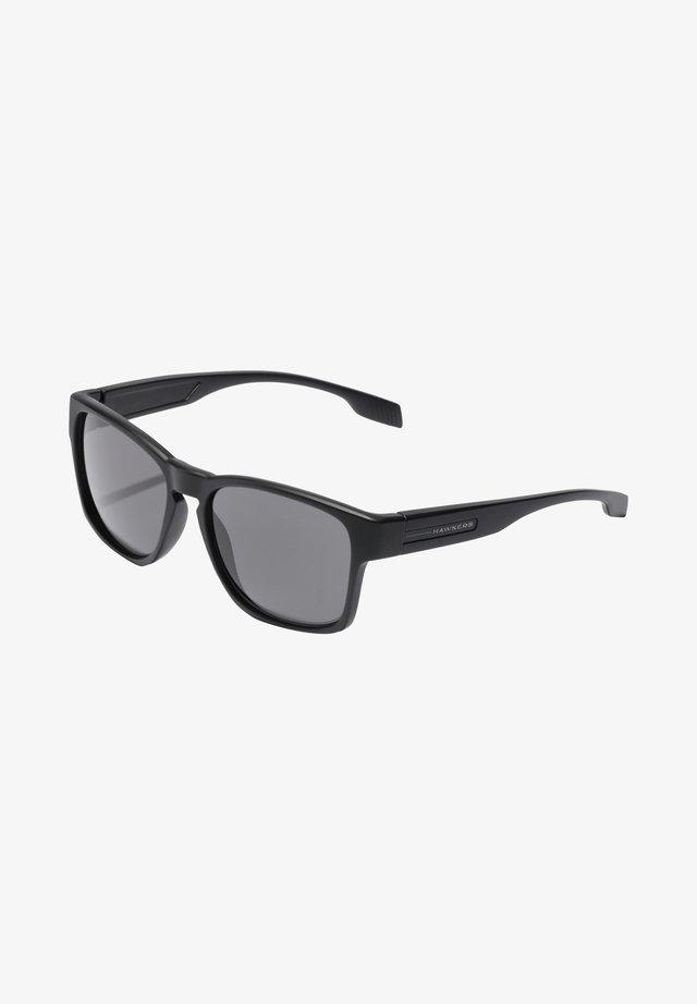 CORE - Solglasögon - black
