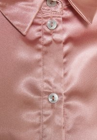 Miss Selfridge - TIE CUFF - Button-down blouse - pink - 2