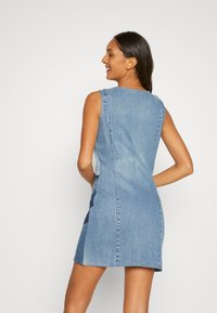 Desigual - Denimové šaty - blue - 2
