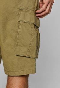 Esprit - Shorts - olive - 3