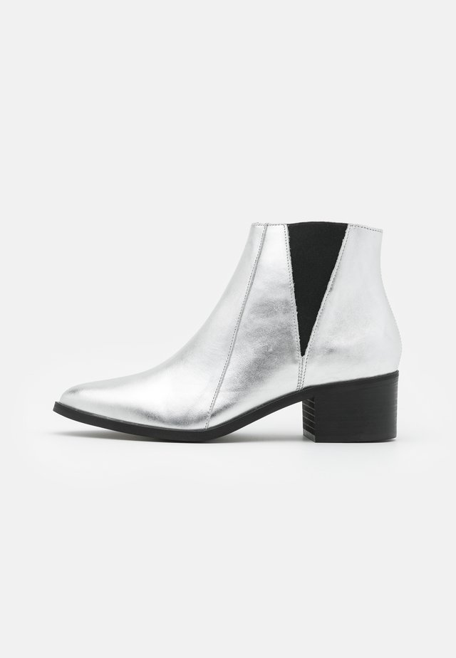 LEATHER - Ankle boots - silver