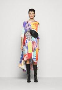 Henrik Vibskov - PULSE DRESS - Vestido informal - blurry lights print - 1